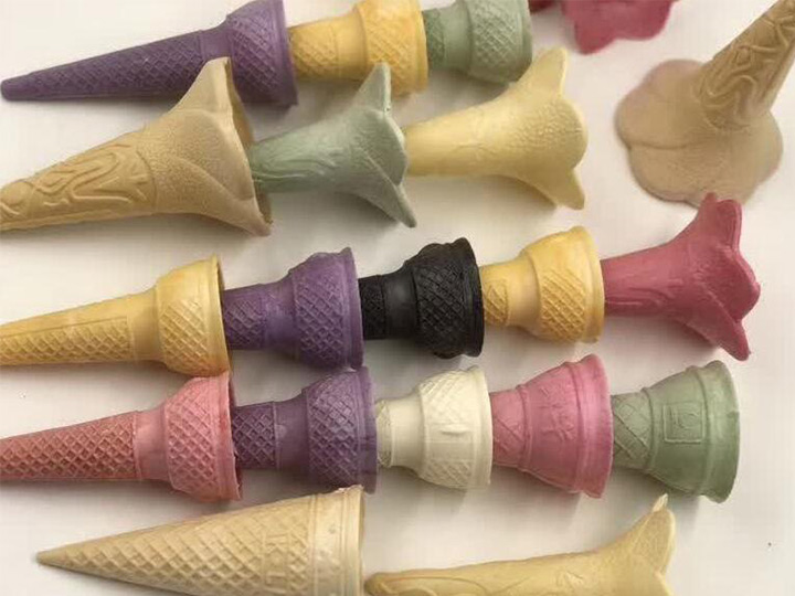 cake cones with different recipes and shapes