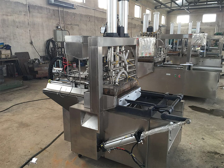 commercial cake cone making machines are in stock